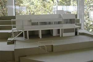 Eileen Gray E 1027 : 125 jahre eileen gray r ckblick auf eine ausstellung mit werken der k nstlerin bei seipp ~ Bigdaddyawards.com Haus und Dekorationen