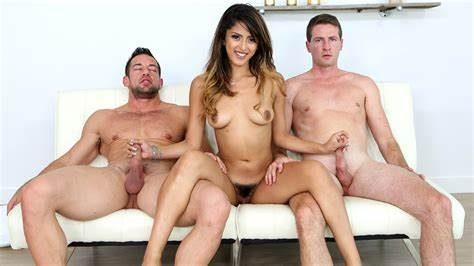 Weenie Pleased By A Firsttime Sophia Leone Deflowered Two