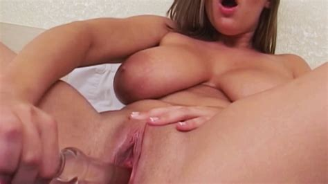 Busty Brunette Milf Masturbating While Playing With