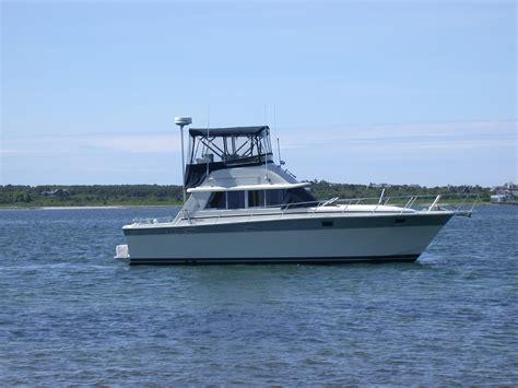liveaboard boats  sale  silverton convertible