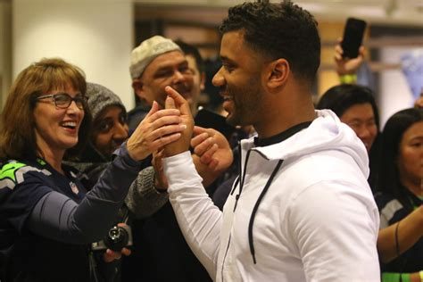 russell wilson takes   fashion world debuts clothing