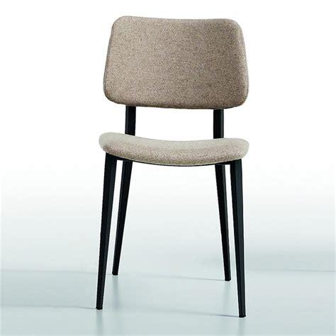 bureau chene gris chaise scandinave midj tissu gris clair pieds noir sur cdc