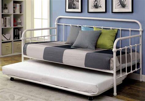 Claremont Powder Coated Platform Daybed Bed Metal Vintage