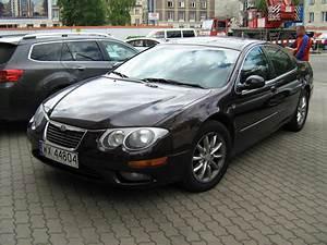 File:Chrysler 300 M black in Warsaw f.jpg