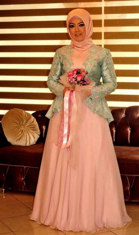 model kebaya brokat muslim modern  elegan
