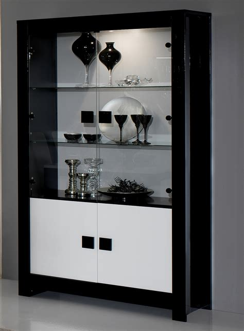 modele cuisine blanc laqué vitrine pisa laquée bicolore noir blanc noir blanc