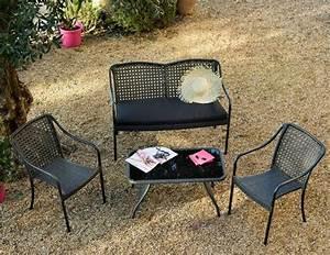 Fauteuil Jardin Pas Cher : un mini salon de jardin pour petit espace joli place ~ Teatrodelosmanantiales.com Idées de Décoration