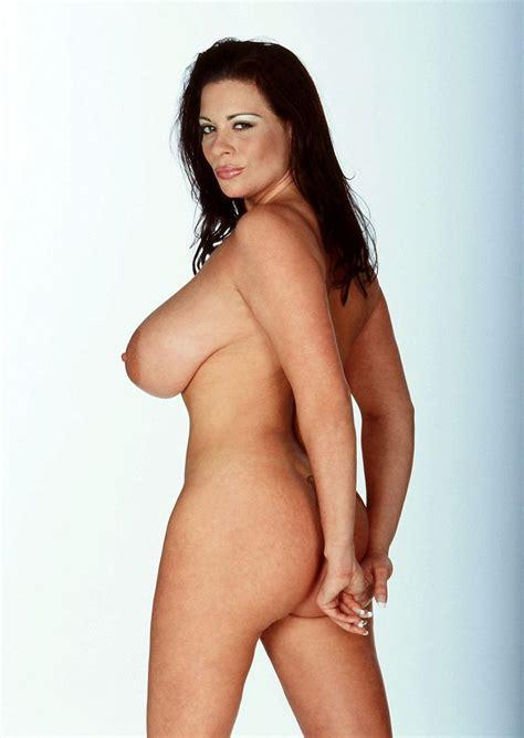 Linsey Dawn Mckenzie Hiding Her Bum Porn Photo Eporner