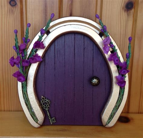 horseshoe decorations for home upcycled horseshoes ideas diy horeshoes home decor