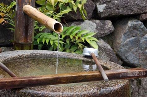 tsukubai water fountains japanese garden design ideas