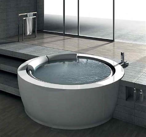 unique  whirlpool bathtub  inviting