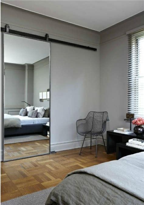 chambre a coucher porte coulissante best 20 porte coulissante miroir ideas on