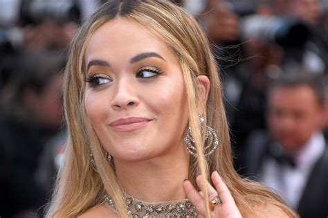Rita Ora Just Showed Off Her Natural Curly Hair On