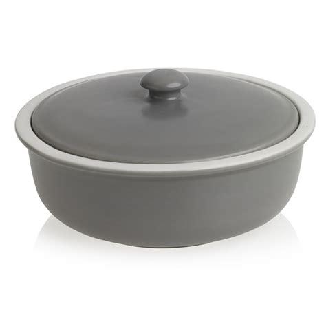 casserole dishes wilko utility casserole dish 2 4l at wilko com
