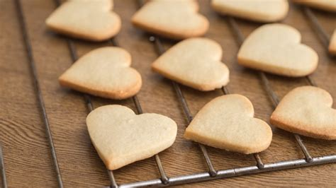 mistakes    baking cookies