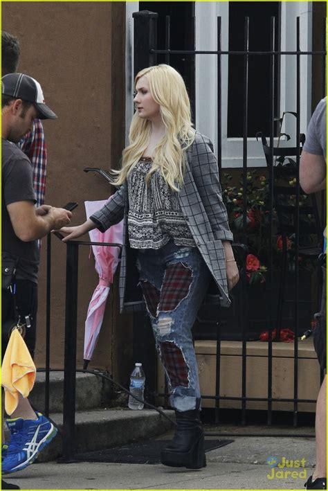 Emma Roberts & Skyler Samuels Start Filming 'Scream Queens ...