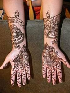 Indian Mehndi Designs For New Year Parties 001 - Life n