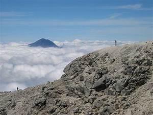 Volcan Tacana, view from Volcan Tajumulco | Photo