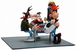 Figurine Joe Bar Team : joe bar team statuette tout ~ Medecine-chirurgie-esthetiques.com Avis de Voitures