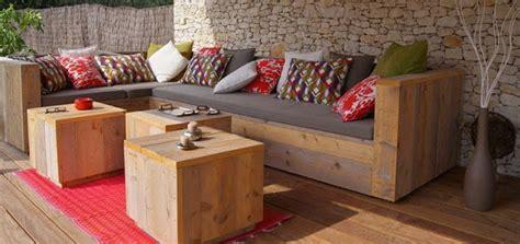 plan canapé bois fabriquer canapé d 39 angle en palette
