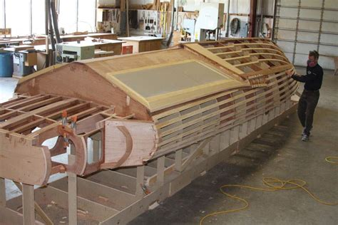 Wood Boat Hull Design by High Performance Speed Boat