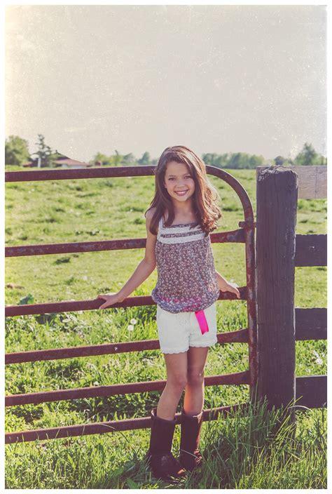 skylars rustic fashion photo shoot louisville child