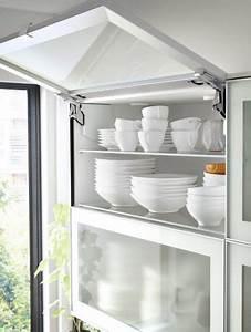Ikea Küchenschränke Weiß : metod wandschrank horizontal in wei mit 2 jutis vitrinent ren frostglas aluminium mit ~ Orissabook.com Haus und Dekorationen