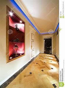 Lampe Langer Flur : sch ner flur stockfotografie bild 12231442 ~ Michelbontemps.com Haus und Dekorationen