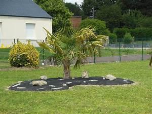Déco Massif Avec Galets : dco massif avec galets stunning idees de jardin avec des ~ Dailycaller-alerts.com Idées de Décoration