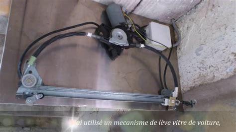 fabrication d un poulailler avec une porte automatique