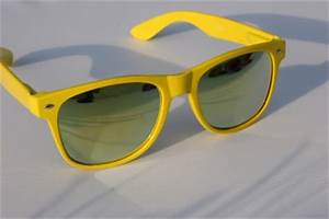 4 PAIRS Neon 80 s Vintage Sunglasses with Mirror lens