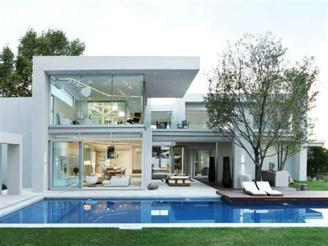 Luxurious Contemporary Home by Luxurious Contemporary Home Decoholic