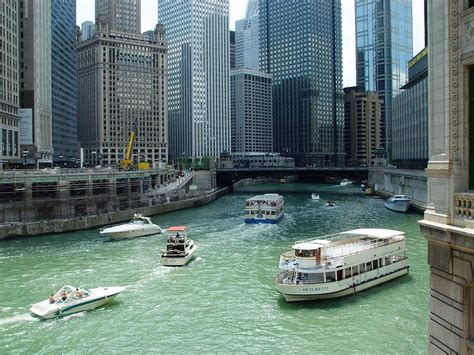 Chicago Boat Rentals Chicago Il Usa by Chicago Boating Guide Boatsetter