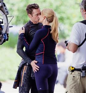 Image - Robert Downey Jr. and Gwyneth Paltrow on the set ...