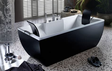 Beautiful Bathtubs By BluBleu : Beautiful & Colorful Bathtubs