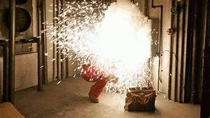 Home inspector safety the dangers of arc flashes for Arc flash accident