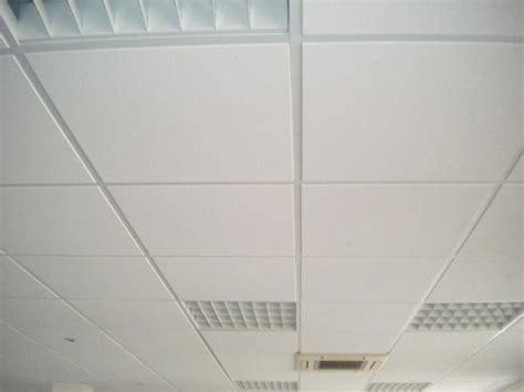prix pose faux plafond dalle maison travaux