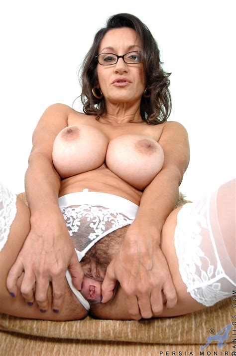 Persia Monir Toying Hairy Pussy In Stockings Free Cougar Sex
