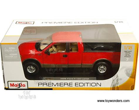 ford   lariat pickup truck   scale