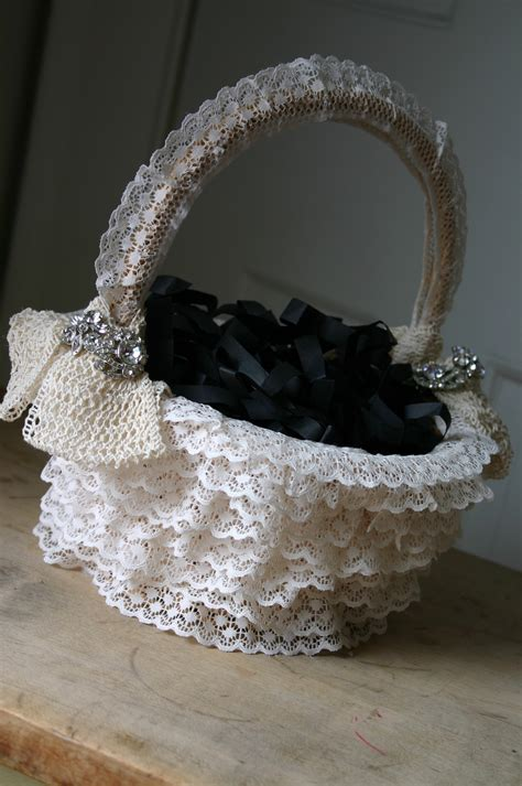 diy easter baskets family chic  camilla