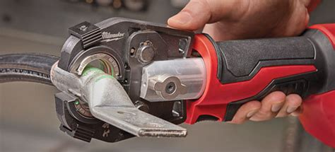 force logic  hydraulic crimpers  cutters milwaukee tool