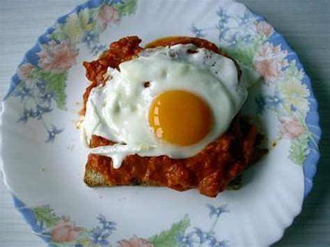 canape oeuf recette de canapes tomates et œufs