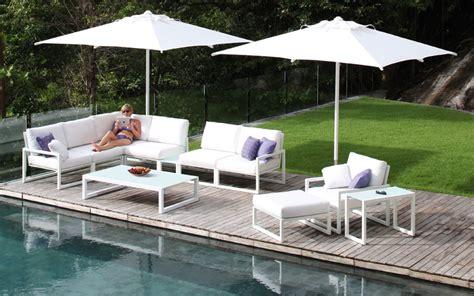 spécialiste canapé salon de jardin canapé fauteuil bas et banquette