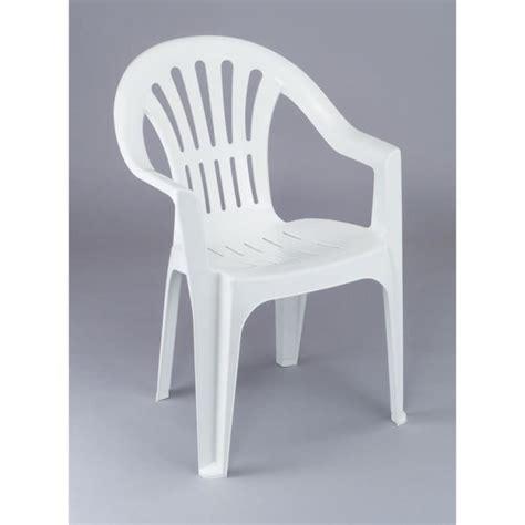 chaises de jardin plastique pas cher chaise plastique couleur extérieure table de lit