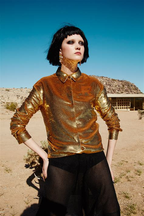 vogue taiwan gold house desert fashion editorial shoot