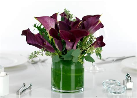 calla lily table l wedding centerpieces calla lilies purple miniature calla
