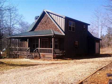 Small 2 Story 3 Bedroom Cabin With Wraparound Porch