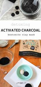 Bentonite Clay And Activated Charcoal Mask