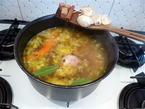 cuisiner le sanglier au four cuissot de sanglier rôti au four la recette facile par