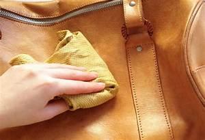 Comment Nettoyer Du Cuir : comment nettoyer un sac en cuir dw ho ~ Medecine-chirurgie-esthetiques.com Avis de Voitures